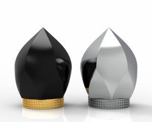 Quality Zinc Alloy Luxury Perfume Bottle Cap Gold Plating Metal Lettering Customized Logo wholesale