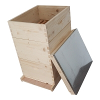 Quality Fir Wood 10 Frames Bee Box Thick 20mm Honey Langstroth Beehive wholesale
