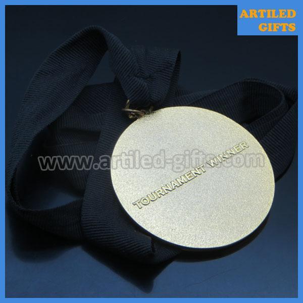 poker game tournament winner gold medal 3