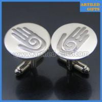 palm hand logo engraved cuff links for men 1