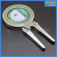 Quality Custom design antique nickle plated golf ball marker with magnetic logo wholesale
