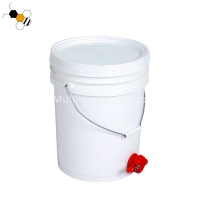 Quality Honey Tank Food Grade 20L Pail With Honey Gate Apiculture Tools wholesale